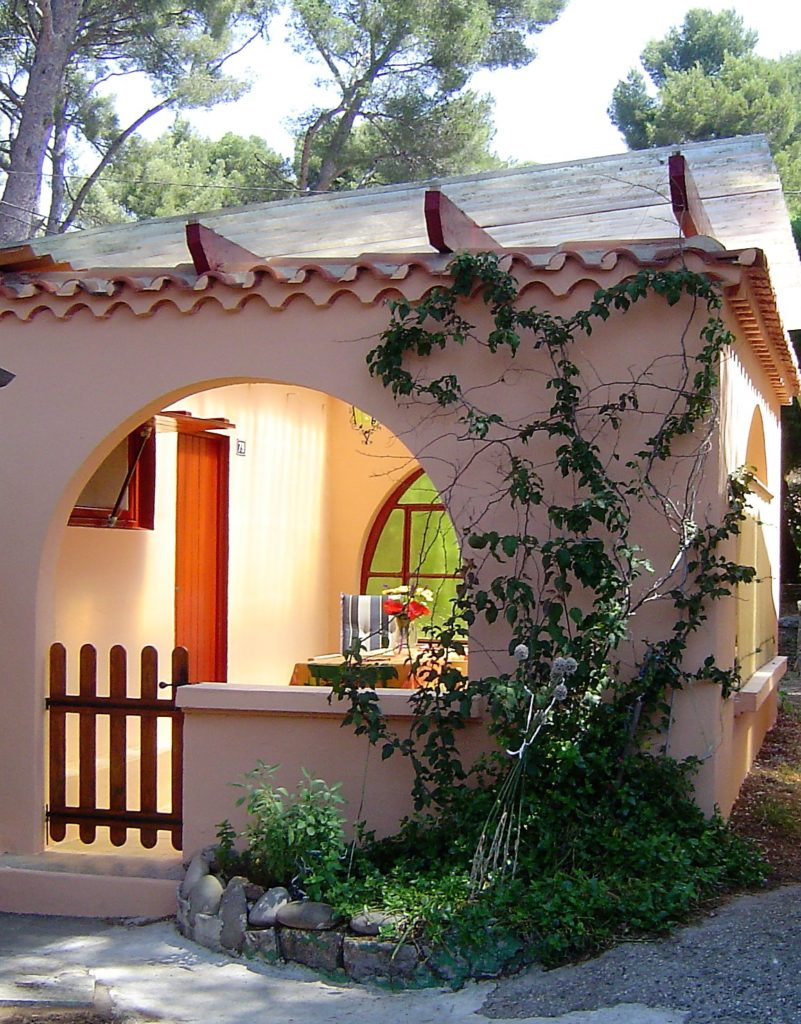 Bungalow for rent in Sanary/mer